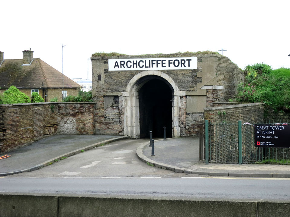 ARCHCLIFFE FORT