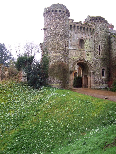 BENINGTON CASTLE