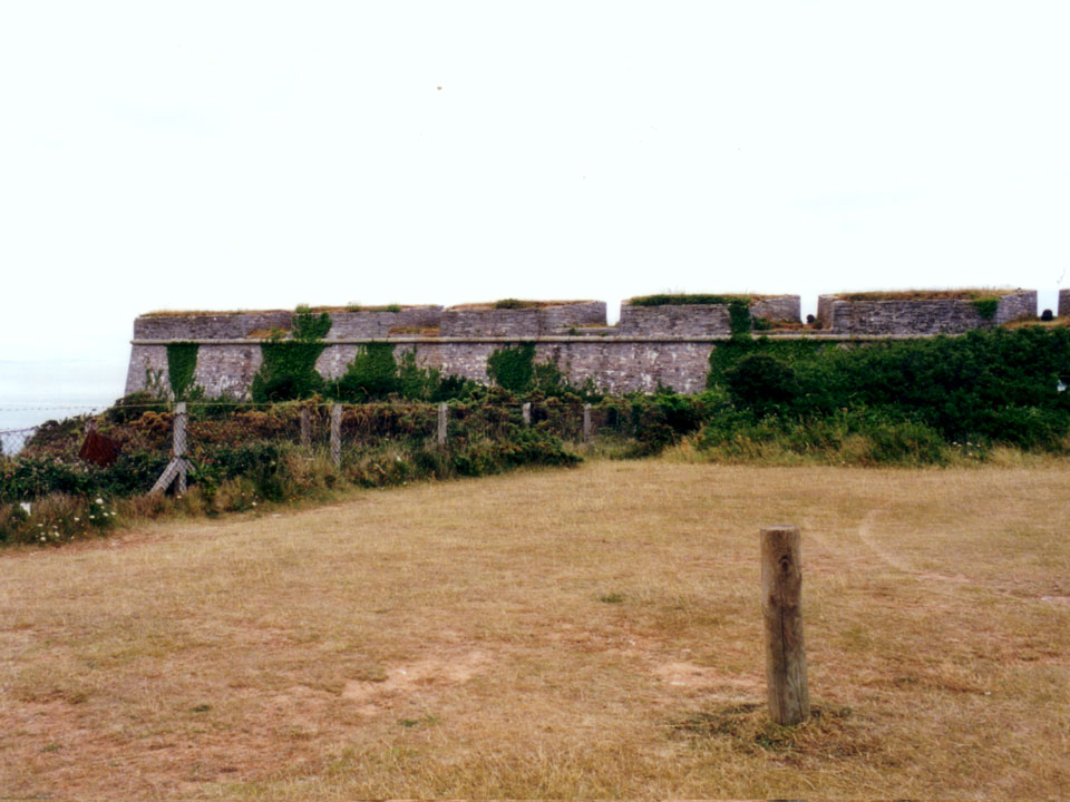 BERRY HEAD FORTS