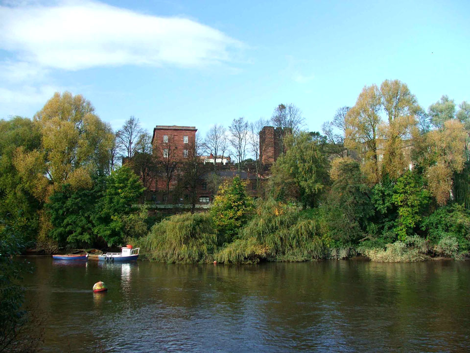 Castle from the river - photo Matthew Emmott