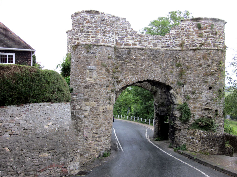 Winchelsea Strand Gate photo Charles Taylor